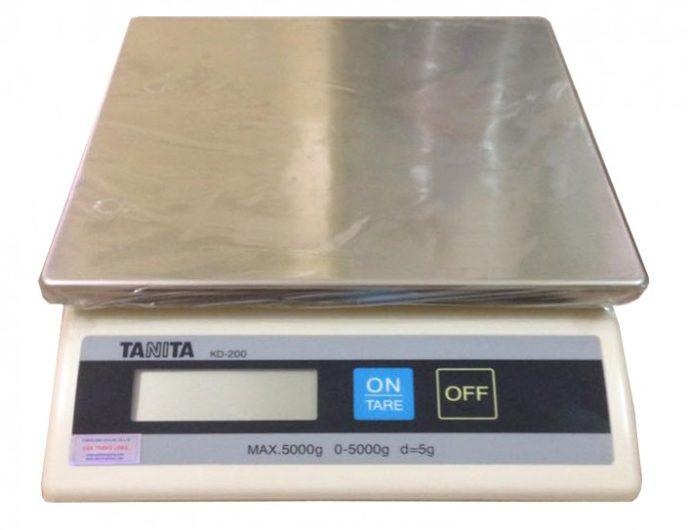 aa6b08f5ca-700x530 Cân Điện Tử TANITA KD-200 2kg/5kg Cân thông dụng